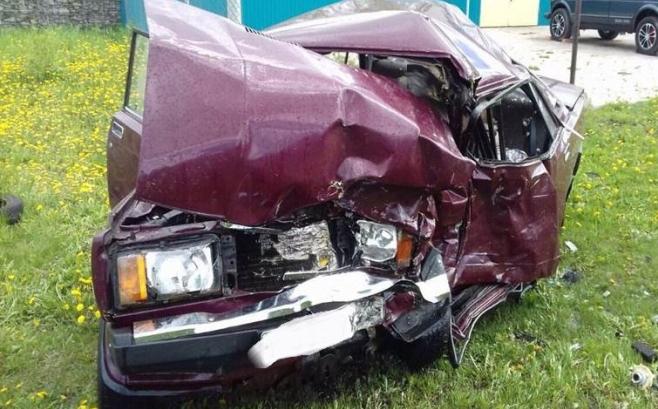 ВТатарстане два человека погибли при столкновении «Датсуна» и«Жигулей»
